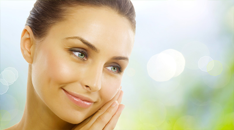 Simple Natural Tips to Get Younger-Looking Skin